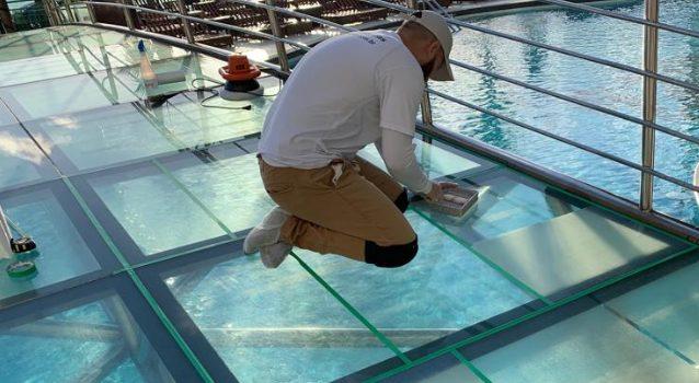 Slip-Resistant Glass Panels