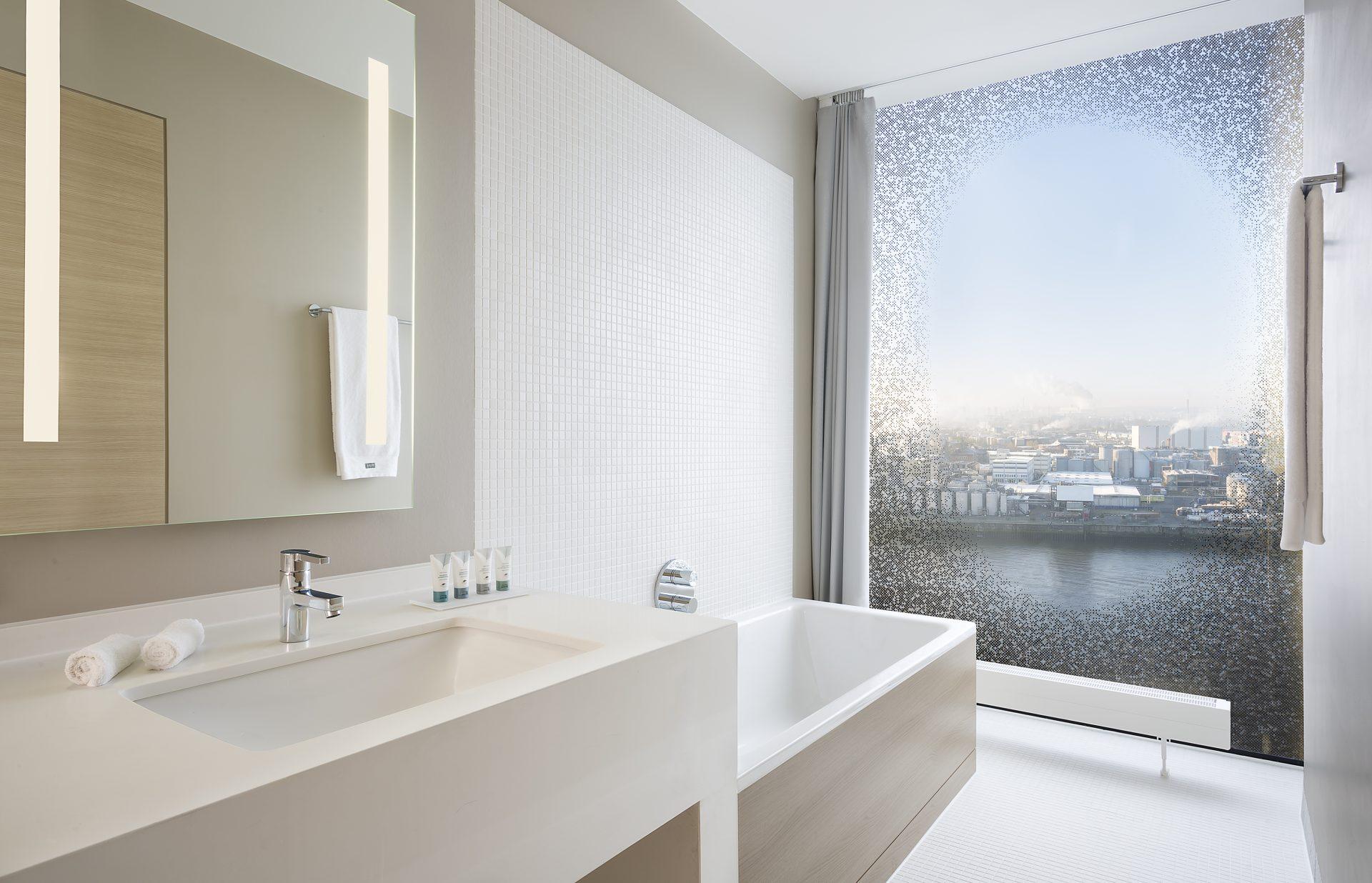 Slip Resistant Bathtubs