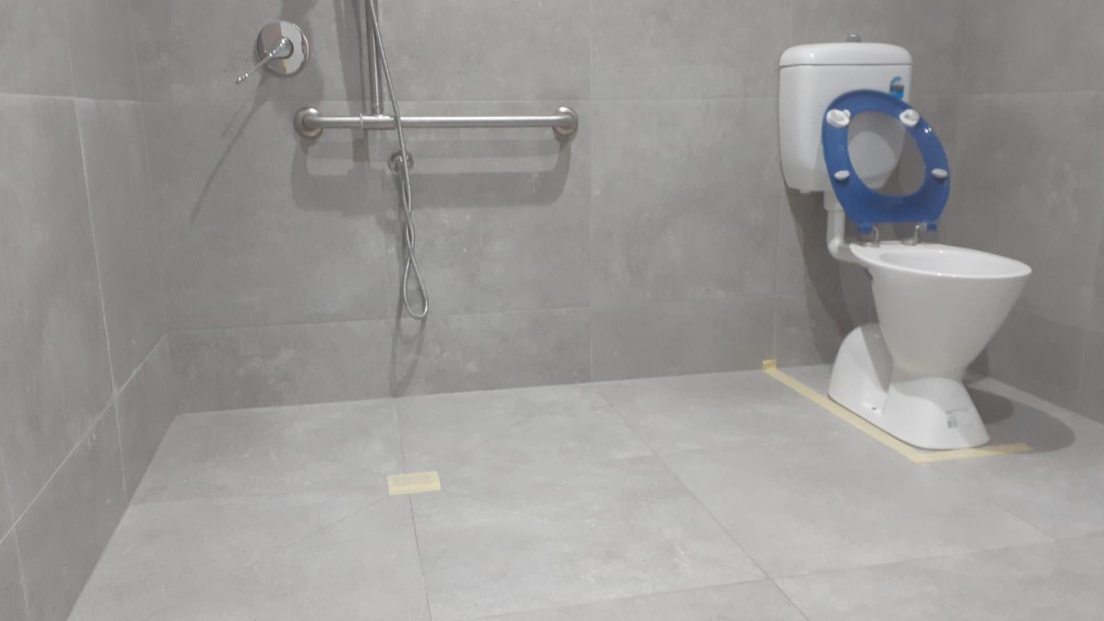 NonSlip Disability Bathroom