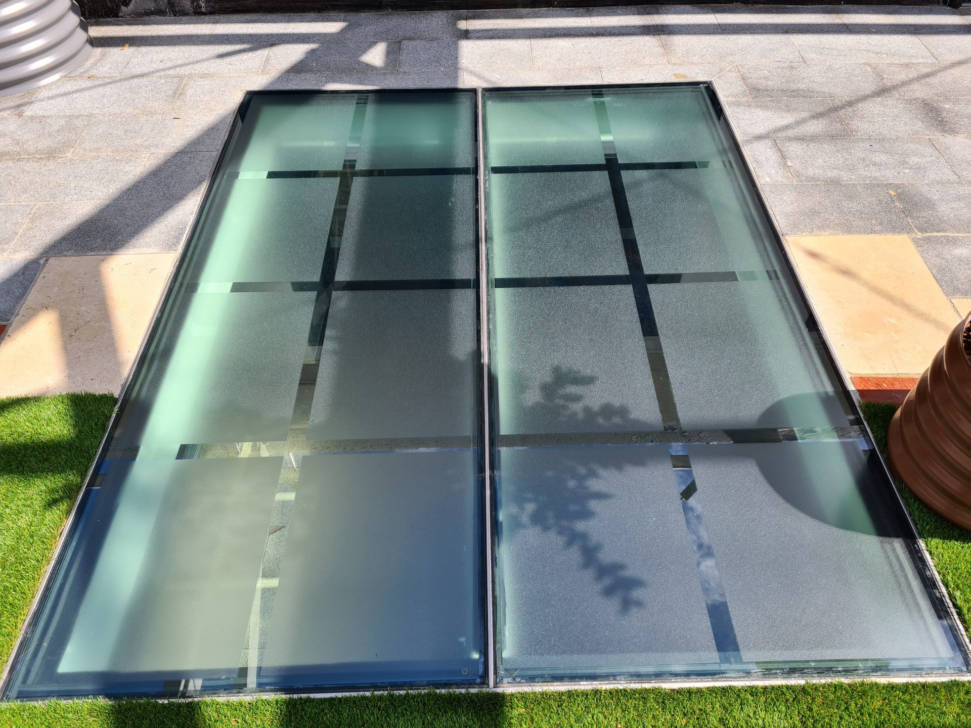 Swiss GriP NonSlip Glass Panel